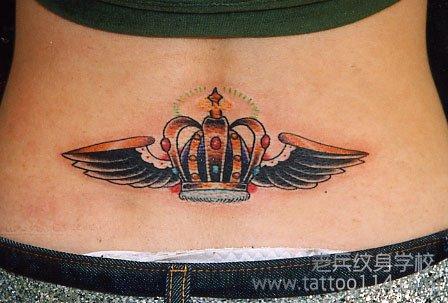 女性皇冠纹身图案的纹身寓意 -湖北老兵武汉纹身培训学校|专业纹身学图片