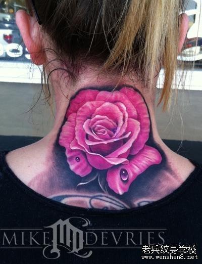 武汉纹身学校推荐一款色彩超漂亮的玫瑰纹身图案图片