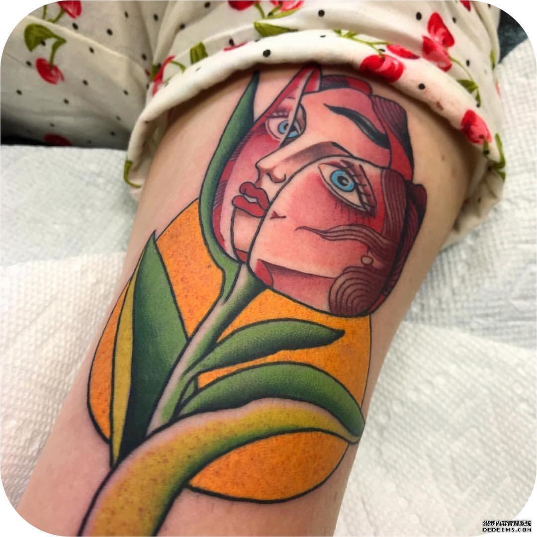 大腿彩色郁金香双生花纹身图案